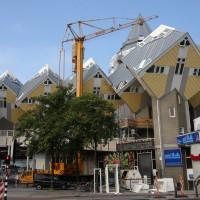 Kubuswoningen Rotterdam hijsen