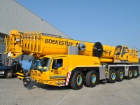 300 tons weg-/terreinkraan
