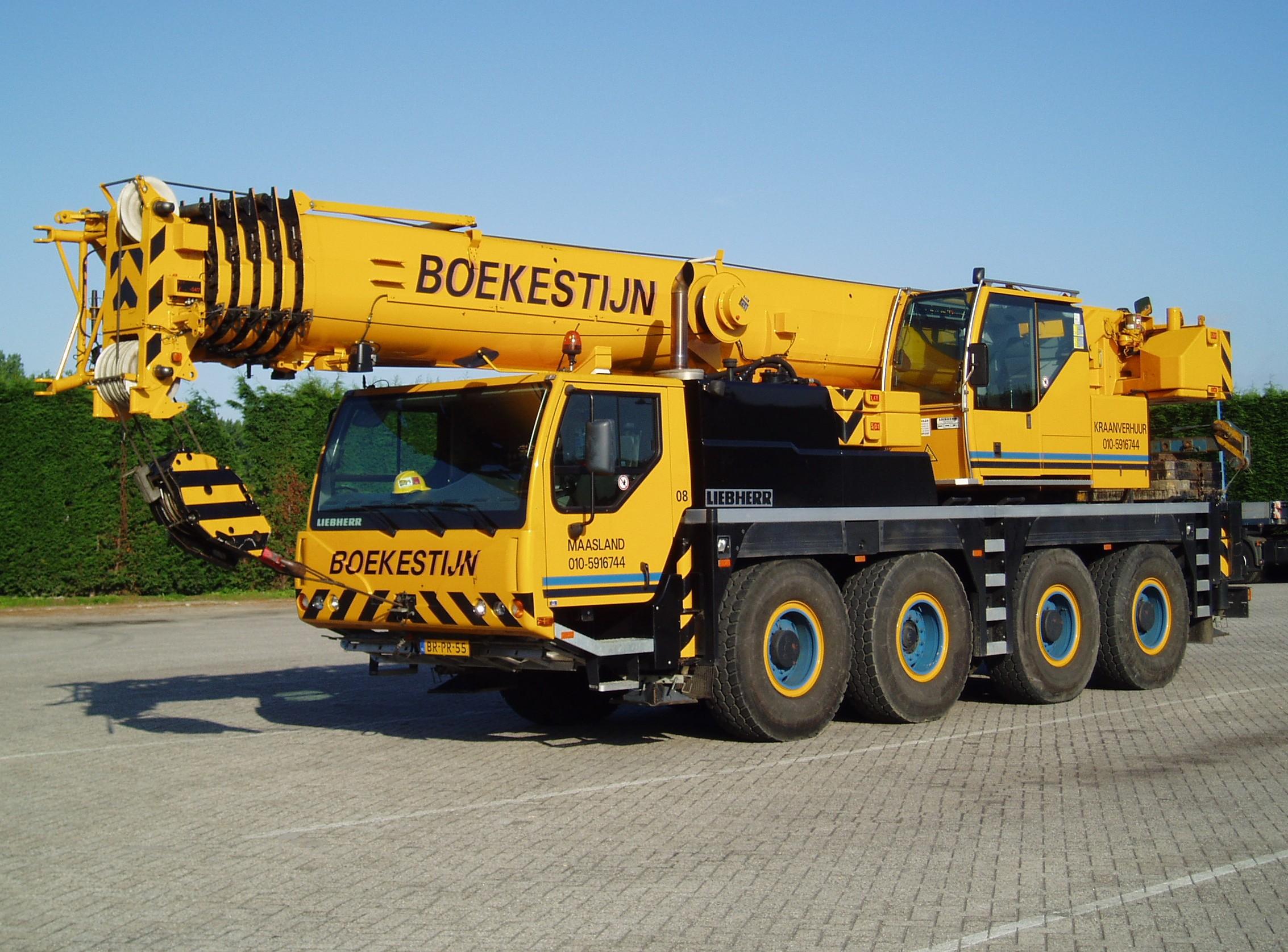 80 tons weg-/terreinkraan