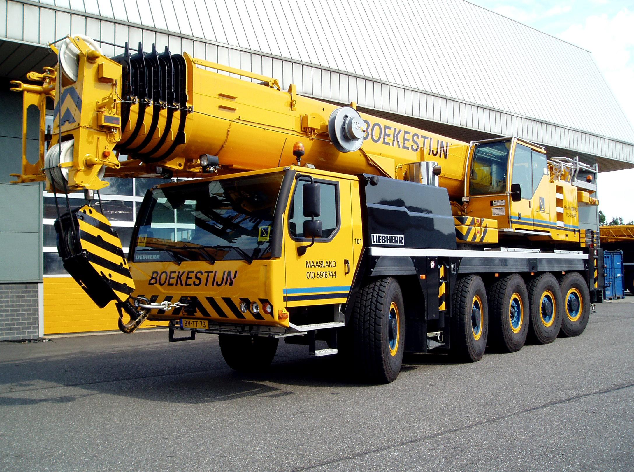 120 tons weg-/terreinkraan